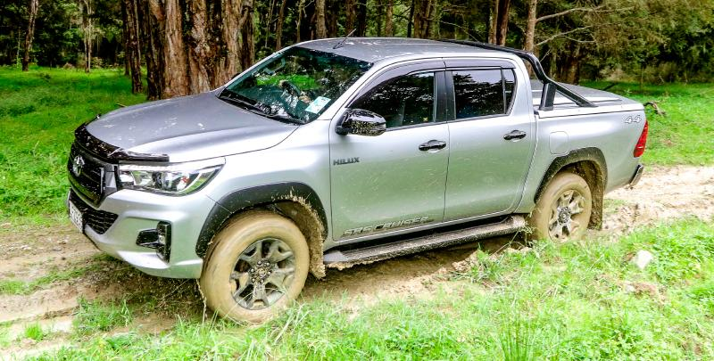 Toyota Hilux SR5 Cruiser | Car Tests | Car tests and videos